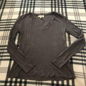 Anthropologie cloth and stone gray termal xs